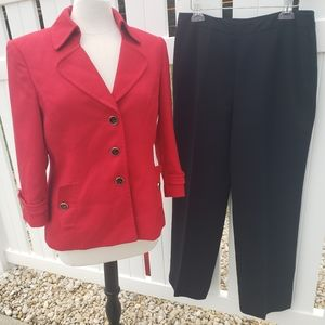 Tahari ASL 2pc Pants Suit Set Solid Red Blazer 10